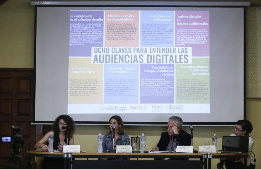 Laura Woldenberg, de VICE México; Esther Alonso, directora de desarrollo de eldiario.es y Jimena Zuluaga, de la Universidad de los Andes, conversan sobre técnologías y tendencias en un panel moderado por Miguel Ángel Aguilar, de APE.
