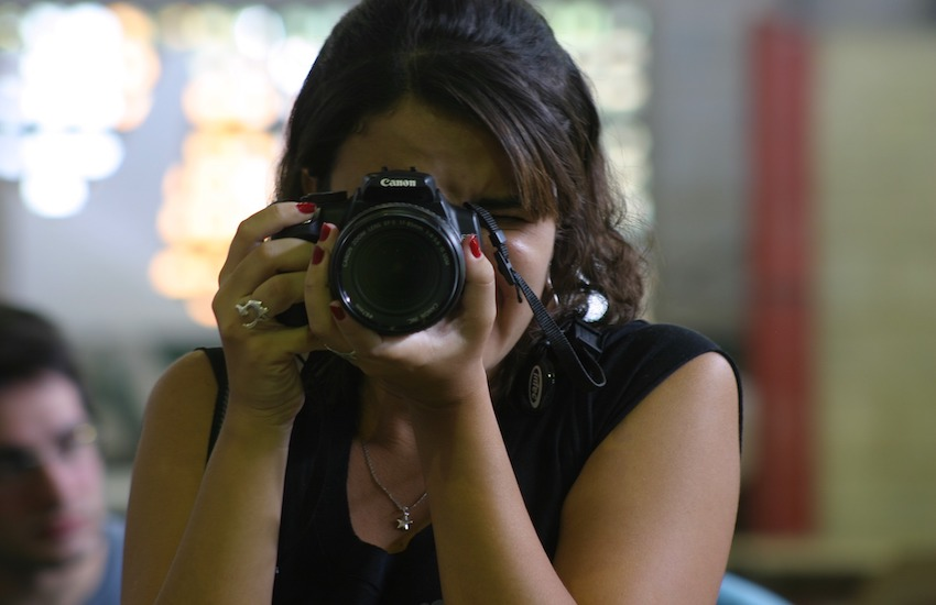 El periodismo de soluciones puede ser adoptado por reporteros, editores, videógrafos, fotoperiodistas, y en general, generadores de información periodística. Foto: pixabay.com - Compartido bajo licencia Creative Commons.
