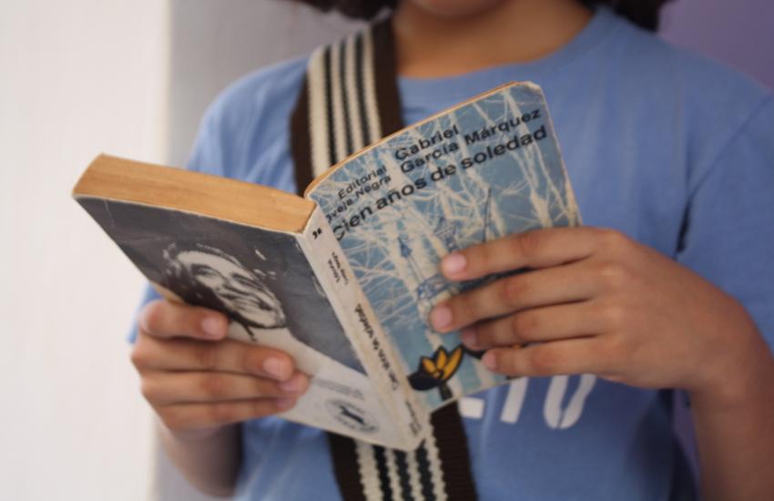 Portada de la primera edición de Cien años de soledad, publicada por Editorial Sudamericana en Buenos Aires.