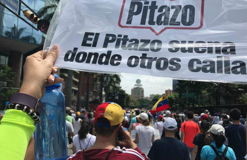 Fotografía: El Pitazo, durante la cobertura de las marchas de junio de 2017.