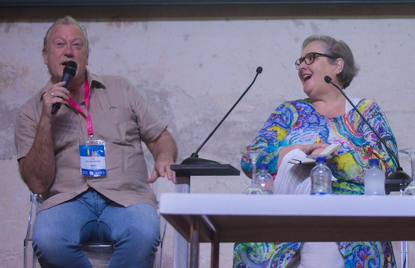 Jon Lee Anderson y Jackie Rae, viuda de Michael Jacobs, en el Hay Festival Cartagena 2018: Foto: Rafael Bossio / FNPI.