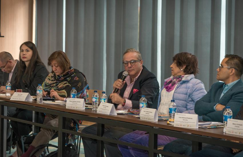 Directores de medios participantes en el encuentro. Foto: Diana Sánchez / FNPI.