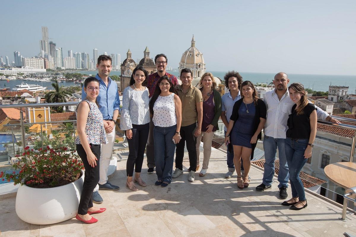 El equipo de la FNPI con los jurados de la quinta edición del Premio Roche de Periodismo en Salud en Cartagena. Foto: Rafael Bossio Fotografía/FNPI