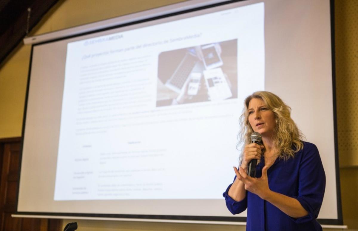 Janine Warner, directora de SembraMedia, aclara las dudas de los emprendedores de América Latina.