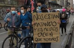 Fotografía de las marchas durante el paro nacional 2021 en Colombia. Byron Jiménez en Unsplash. Usada bajo licencia Creative Commons.