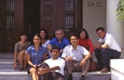 Gabo, junto a algunos de sus alumnos en el primer taller de reportaje que dictó para su fundación, en Barranquilla (Colombia). Foto: Cortesía Andrés Grillo.