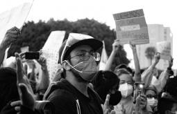 Fotografía: Protestas en Guatemala. Shalom de León en Unsplash. Usada bajo licencia Creative Commons.