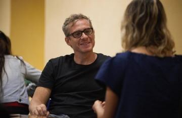 Javier Drovetto, en el taller de Periodismo de Soluciones de la Fundación Gabo. Foto: Emmanuel Upegui.