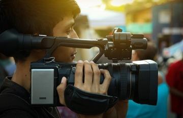 Las becas estaban dirigidas a periodistas latinoamericanos y se admitieron propuestas en formatos escrito, sonoro, audiovisual y web. Foto: pixabay.com