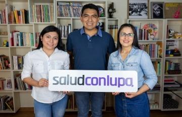 Mayté Ciriaco, Jasón Martínez y Fabiola Torres, de Salud con lupa.