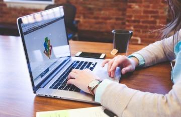 Foto tomada de Startupstockphotos bajo licencia de Creative Commons.
