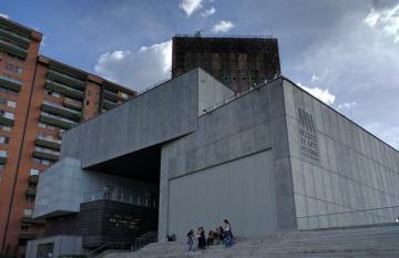 Museo de Arte Moderno de Medellín. Fotorafía: Dustin Whittle, en Flickr. Usada bajo licencia Creative Commons.