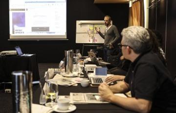 Gideon Lichfield, editor jefe de MIT Technology Review. Foto: Joaquín Sarmiento / Fundación Gabo.