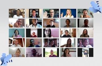 Foto grupal con participantes del taller virtual.