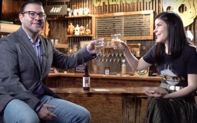 La primera etapa de Bar Emprende consiste en una serie de entrevistas con empresarios exitosos que se transmite en línea. Foto: YouTube