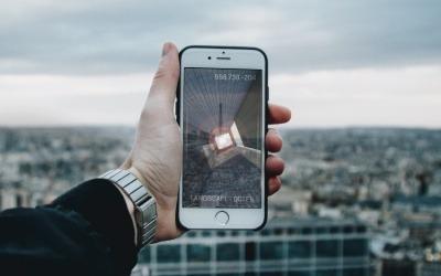 Cada vez más medios producen contenido en 3D que el usuario puede activar desde su teléfono.
