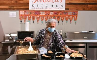 El Huffington Post cubrió la iniciativa de voluntarios musulmanes que repartieron comida a los médicos de su comunidad en Ramadán.