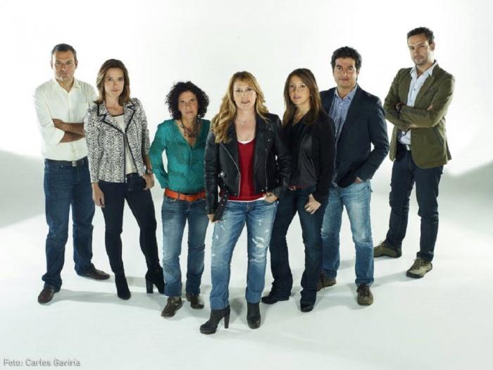 El equipo de Los Informantes. María Elvira Arango en el centro y Natalia Orozco a su izquierda / Carlos Gaviria