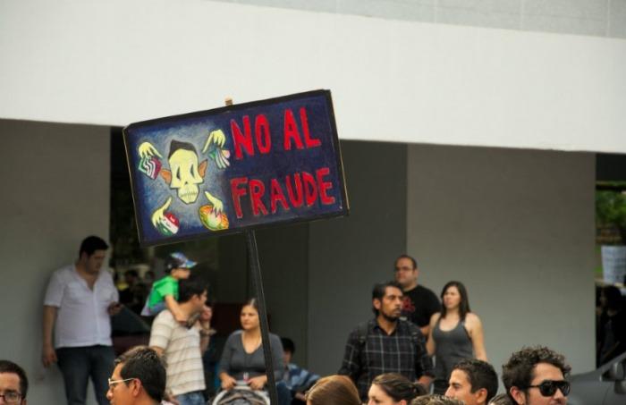 Protestas tras las elecciones presidenciales de 2012 en México | Fotografía: Gabriel Saldana en Flickr | Usada bajo licencia Creative Commons