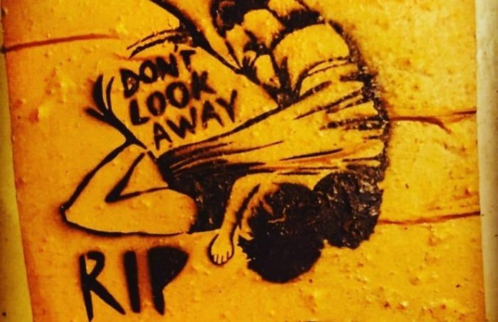 Grafiti captado por Marta del Vado (@mdelvado en Instagram) en las calles de Washington, pocos días después de la tragedia de Oscar y Valeria.