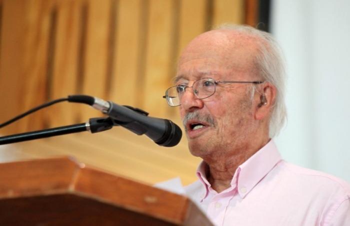 Javier Darío Restrepo. Fotografía:  Abraham Aréchiga. UDG.