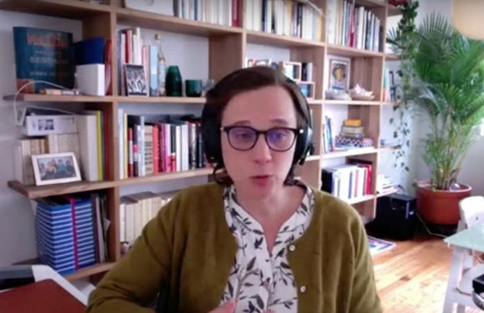 Charlotte de Beauvoir, periodista radial y profesora del Ceper de la Universidad de los Andes.