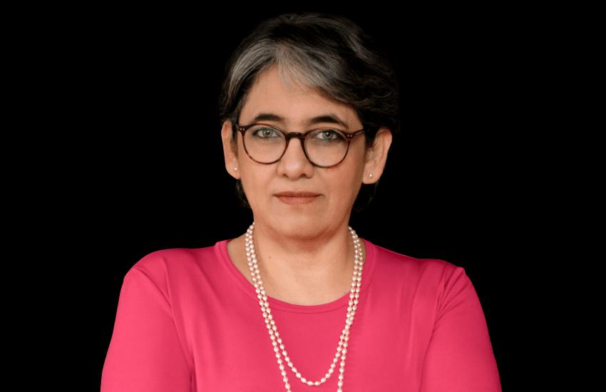 Yolanda Ruiz responde sus primeras preguntas como encargada del Consultorio Ético en su nuevo pódcast.