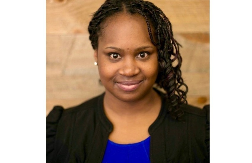 La periodista afroamericana Erica Edwards trabaja desde el ángulo de las respuestas el tema del racismo y la desigualdad social en Estados Unidos. Foto: cortesía