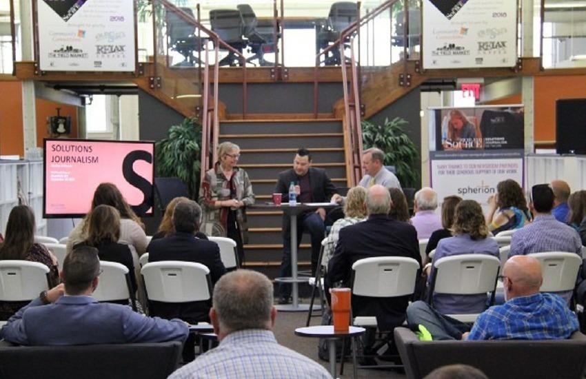 Evento de Richland Source, una de las redacciones asociadas a la Red de Periodismo de Soluciones, en Ohio, EE.UU. Foto: SJN
