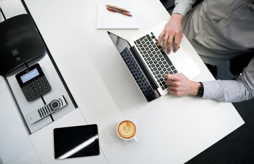 O guia auxilia editores a implementarem o jornalismo de soluções como uma prática consistente e contínua na redação.