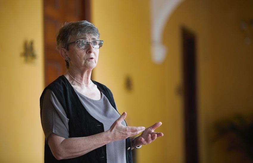 Liza Gross, maestra del Taller de periodismo de soluciones que se realizó en Cartagena. Foto: Emmanuel Upegui - FNPI.