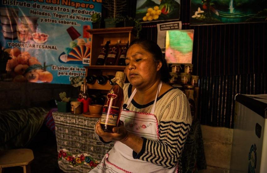 Entre los ganadores se encuentra una investigación sobre la nísperocultura en Guatemala. Foto: Fernando Chuy - Barrancópolis