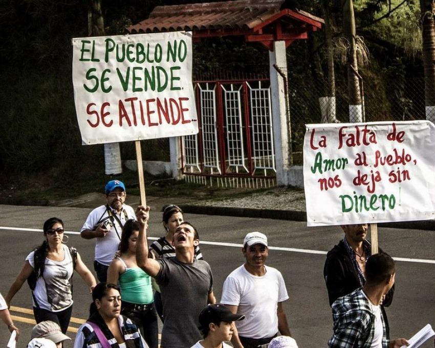 Marcha en Marinilla, Colombia / Colectivo Desde El 12 en Flickr