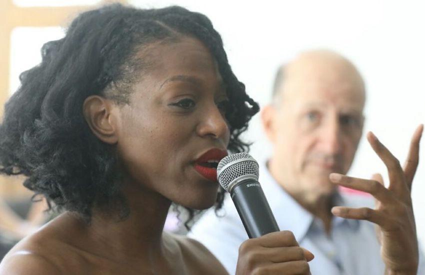 Taiye Selasi es una de las maestras invitadas a la Beca Gabo de periodismo cultural. Foto: Joaquín Sarmiento.