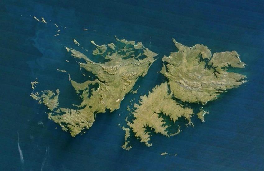 ¿Es cierto que surgió un nuevo islote en las Islas Malvinas?… ¡Responde el quiz semanal de noticias falsas!