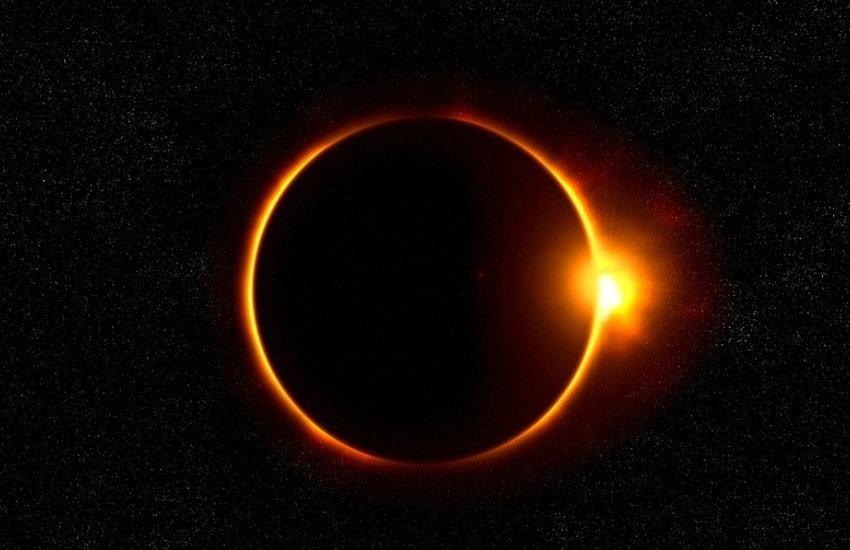 ¿Es cierto que tras el eclipse del 21 de agosto, la Tierra vivirá 4 días de total oscuridad?... ¡Responde nuestro quiz semanal de noticias!