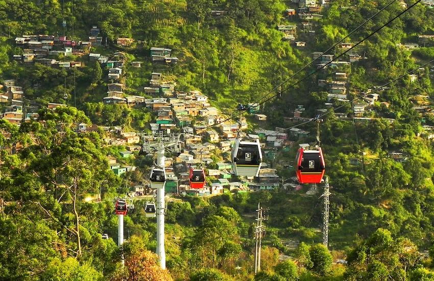 Medellín es una de la ciudades donde llegará el taller Datos para contar ciudades. Foto de Quinn Kampschroer (Pixabay)