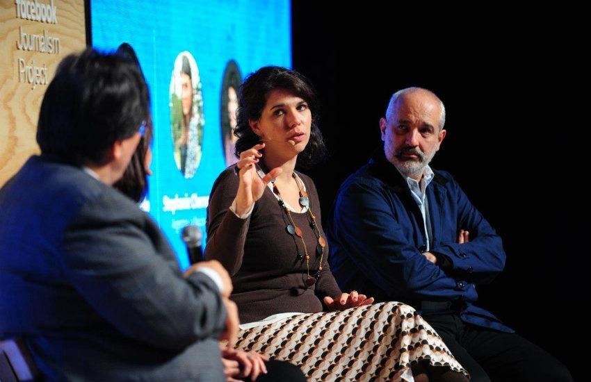 Marina Menezes acompañada por Jaime Abello (izquierda) y Daniel Moreno (derecha) durante el evento de Facebook y la FNPI | Fotografía: José Guiot