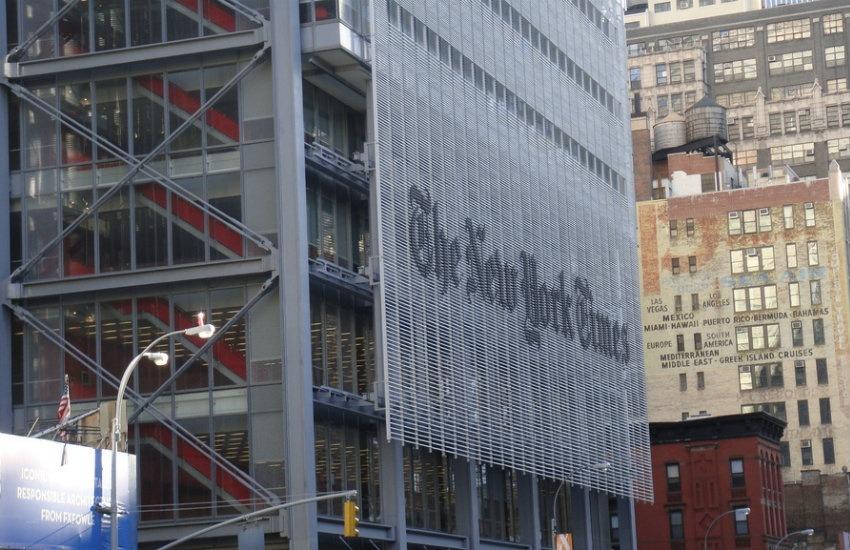 La sede del Times en Nueva York. Fotografía: Vitor Pamplona en Flickr | Usada bajo licencia Creative Commons.