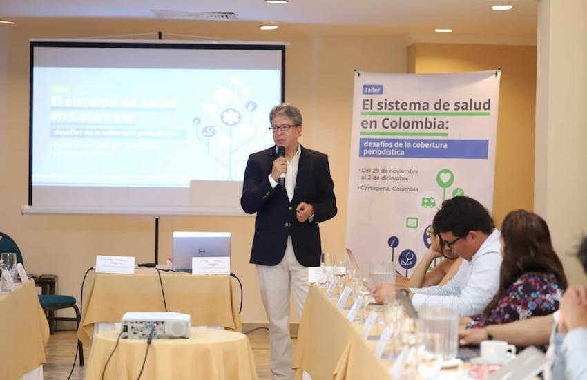 Carlos Francisco Fernández dirigió el taller 'El sistema de salud en Colombia'. Foto: FNPI.