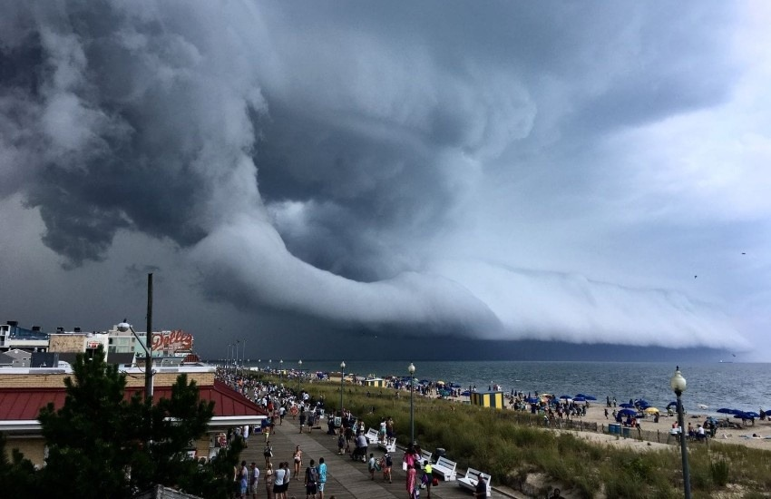 ¿Realmente muestra esta foto el tifón Hagibis llegando a las costas de Japón?... ¡Responde nuestro quiz de noticias!