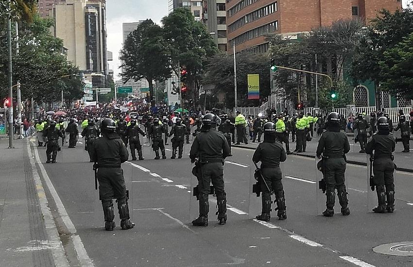 Protestas del 21N en Bogotá. Fotografía: EEIM en Wikimedia | Usada bajo licencia Creative Commons