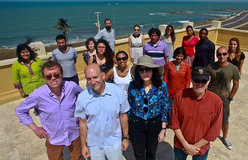 Maestros y participantes del módulo Literatura de la Beca Gabo 2013. Foto: Joaquín Sarmiento / Archivo FNPI