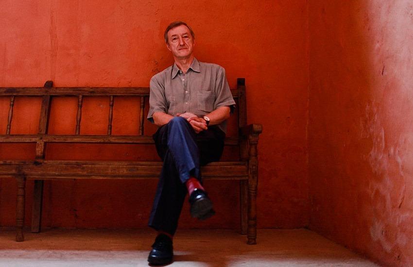 Julian Barnes en el Hotel Santa Clara durante el Hay Festival Cartagena. Joaquín Sarmiento/Archivo FNPI