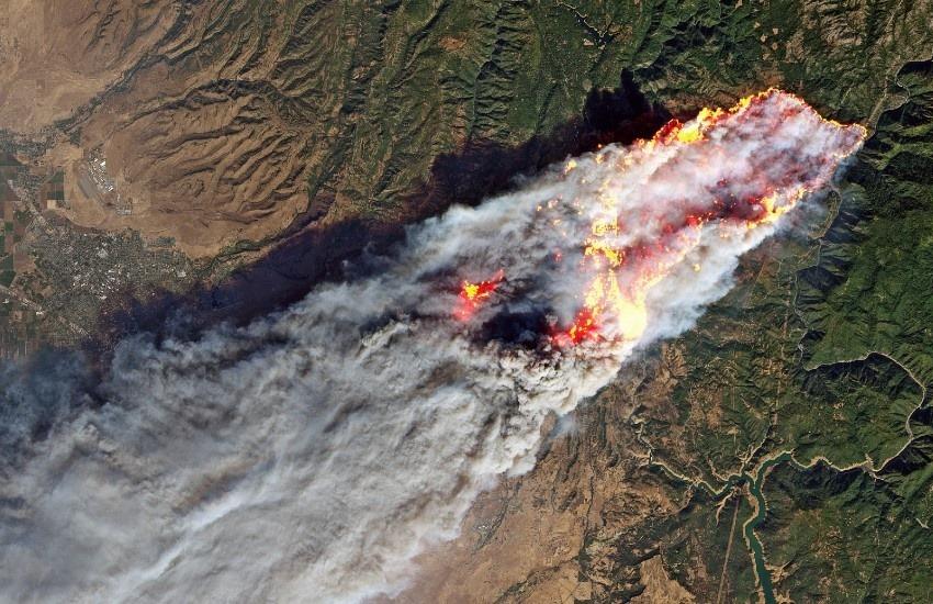 ¿Es real esta imagen satelital de los incendios en California?... ¡Responde nuestro quiz de noticias!
