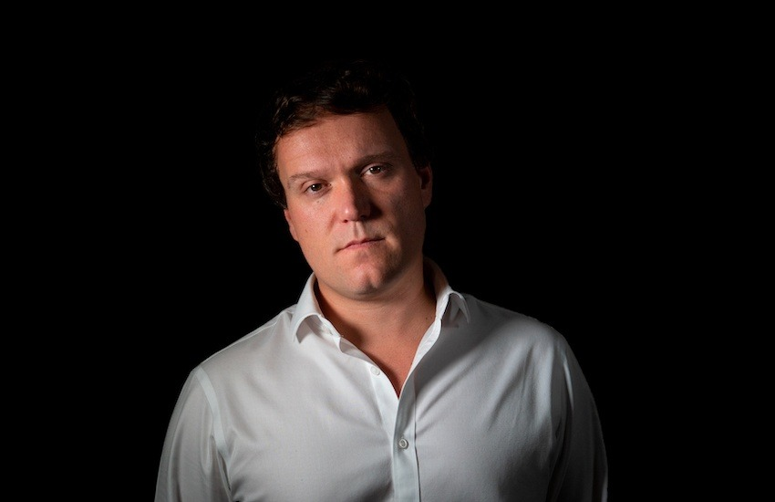 J.S. Tennant, ganador de la Beca Michael Jacobs de crónica viajera 2020.