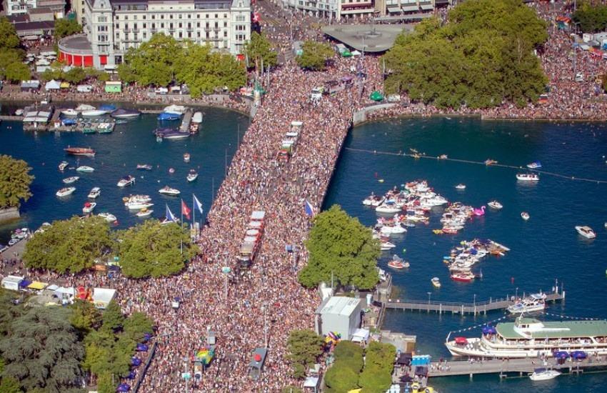 ¿Esta fotografía corresponde a una marcha de negacionistas del coronavirus en Berlín?... ¡Responde nuestro quiz de noticias!