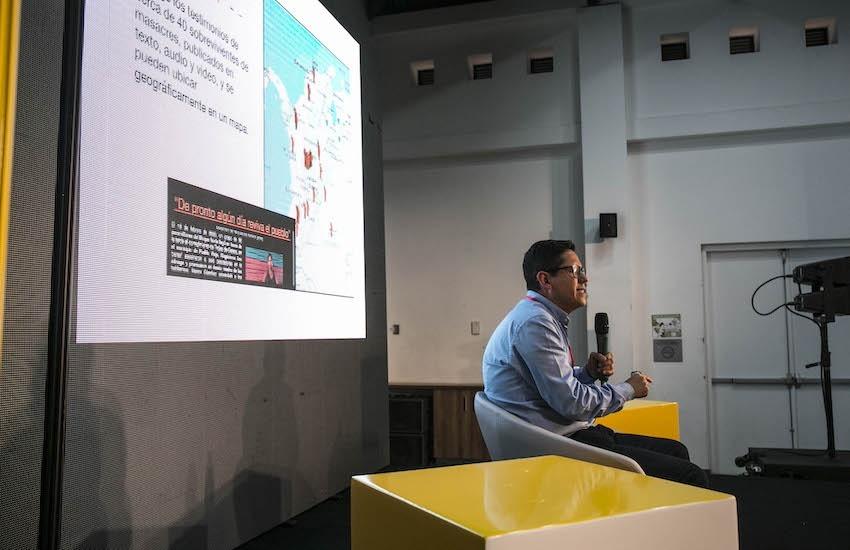 Óscar Parra Castellanos, director de Rutas del Conflicto, durante una charla en el Festival Gabo 2018. Foto: Archivo Fundación Gabo.