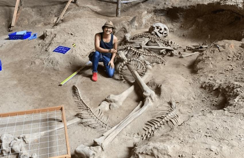 ¿Es real el fósil de este gigante que murió luchando contra una serpiente jurásica?... ¡Responde nuestro quiz de noticias!