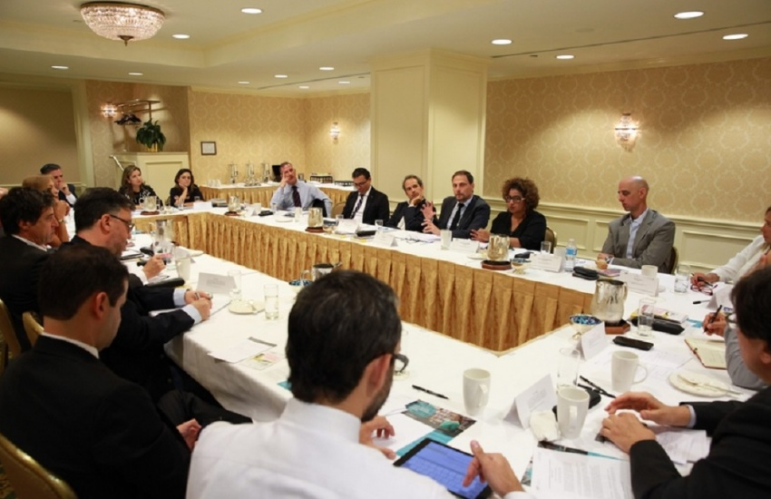 Relatoría del encuentro 'Los retos del periodismo y el relato que se construye de América Latina'